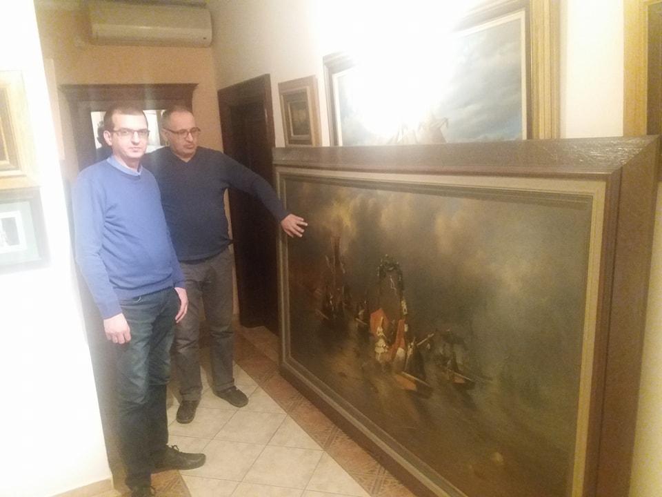 Vrhunski svetski akademski slikar Goran Mitrović i prof. Darko Lazić pored kapitalne slike velikog formata Panonsko Venčanje